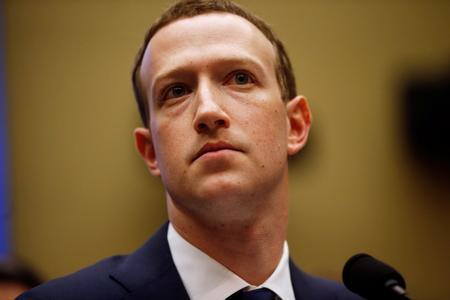 Embattled Facebook CEO Zuckerberg seeks to mend fences in Washington