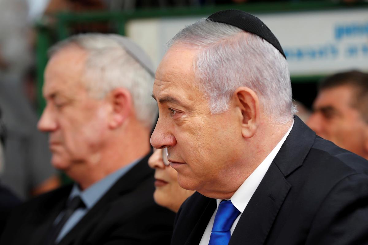 Israel se Netanyahu hou vas aan die mag as koalisiegesprekke dreig