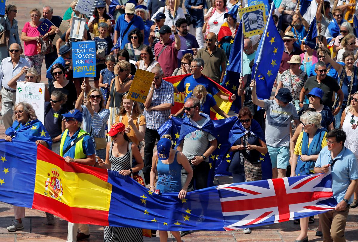 Dozens of Britons march in southern Spain ahead of Brexit