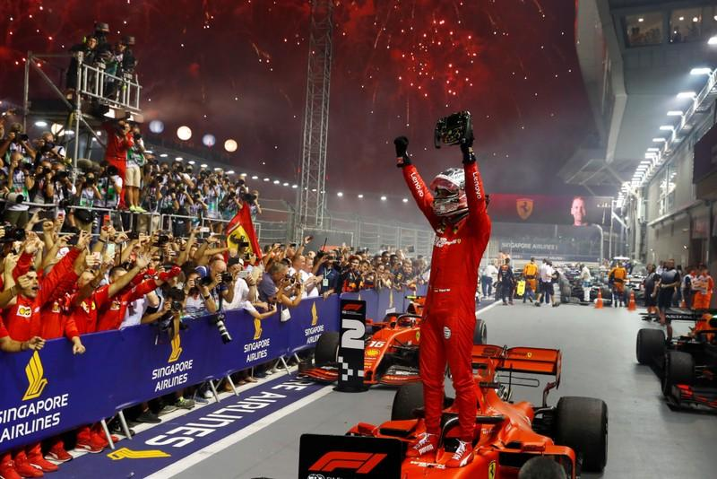 Vettel ends win drought with Ferrari one-two in Singapore
