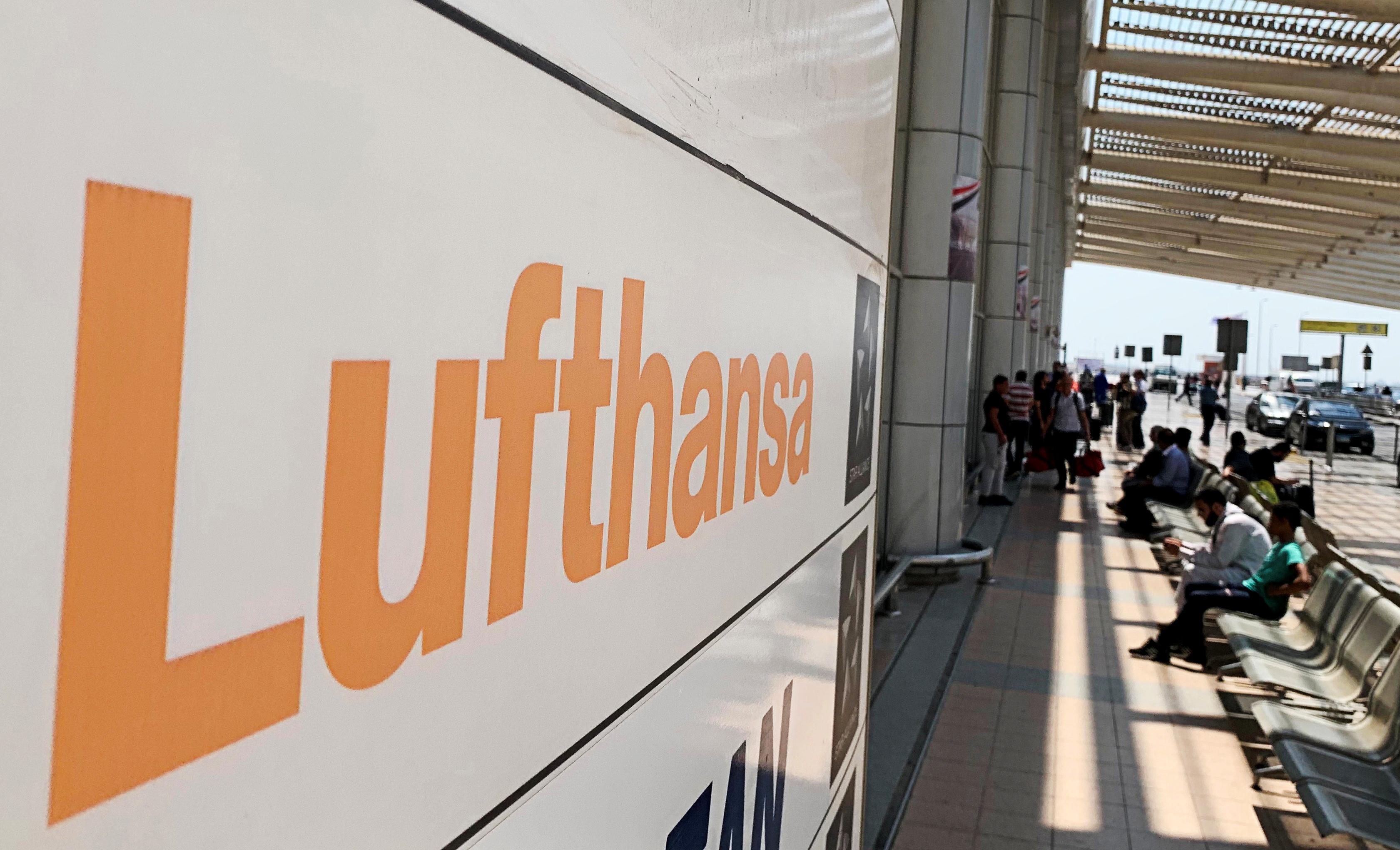 Germany Lufthansa not interested in Thomas Cook bid: Die Welt