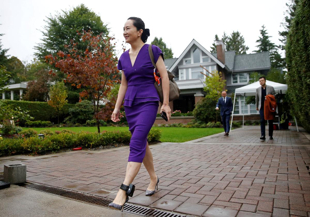 Huawei se finansiële hoof kom by die hof in Vancouver aan vir die verhoor wat na verwagting inhegtenisnemings sal bekend maak