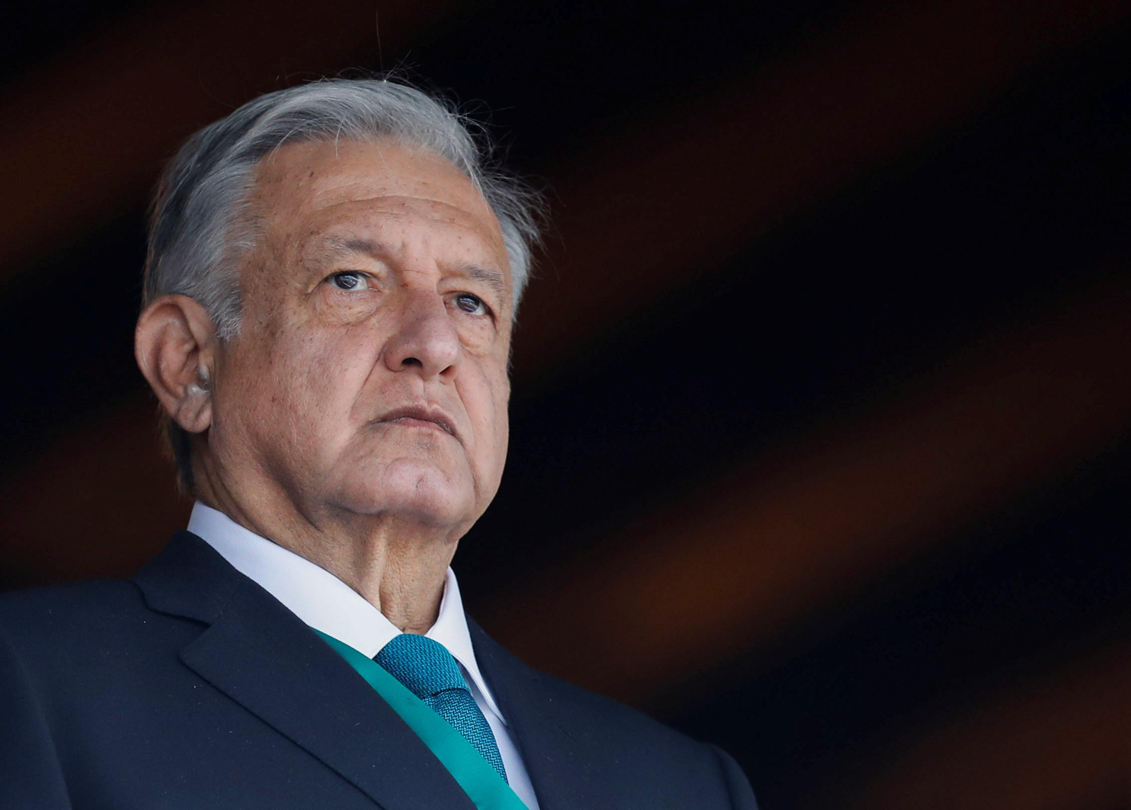 Mexican president praises historian at centre of row with business...
