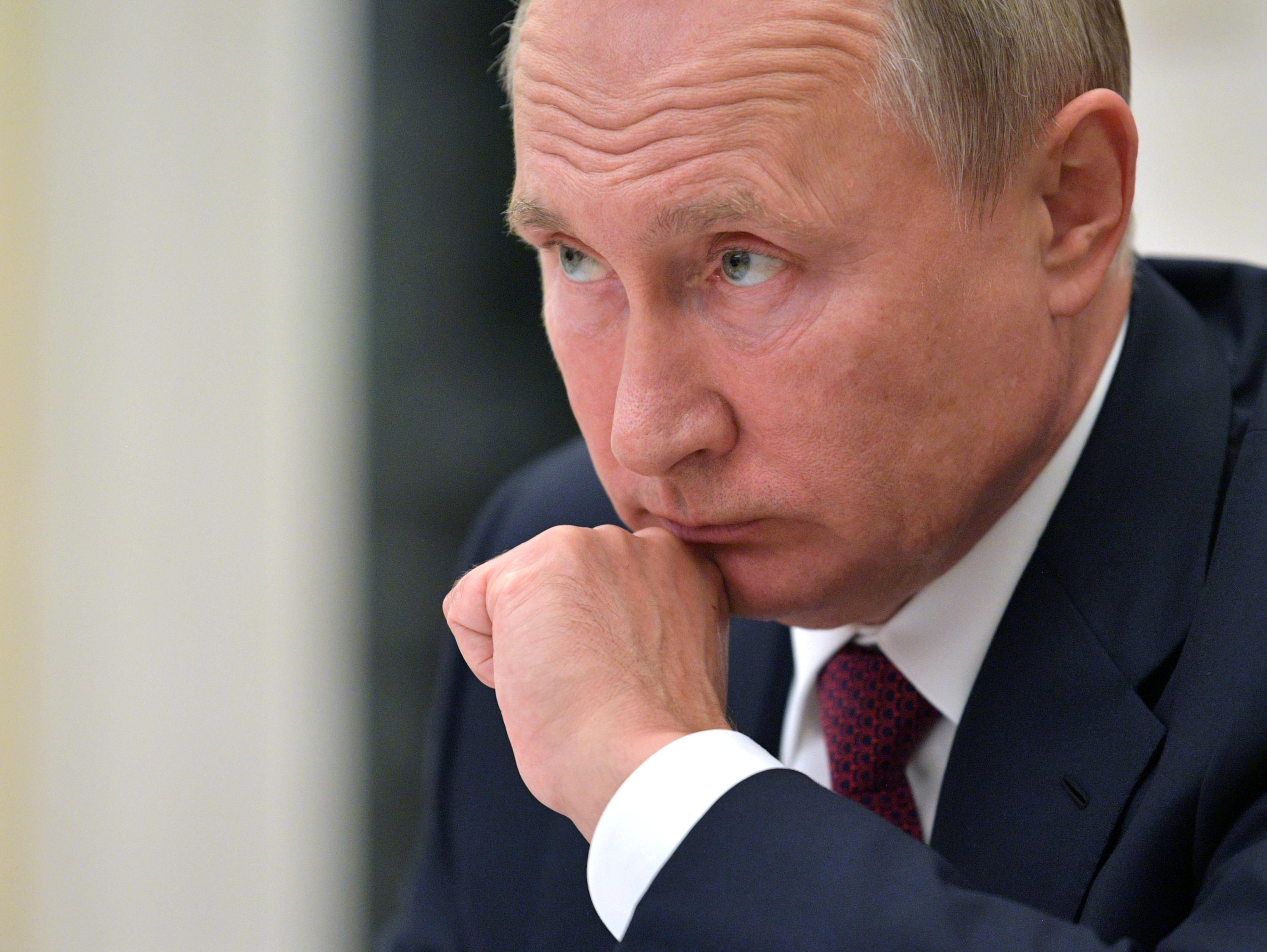Russian minister to Putin: We must restore trust in courts, police