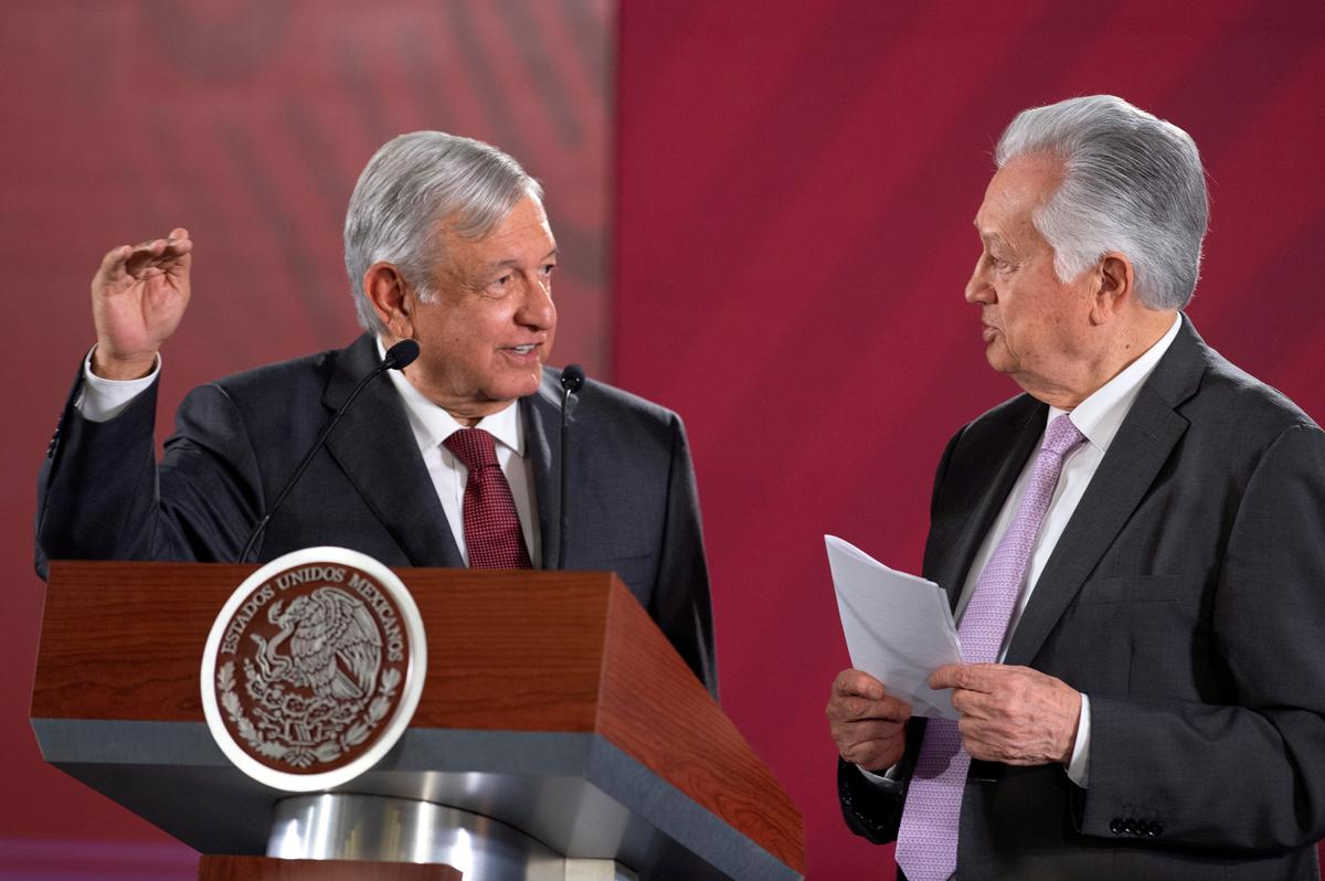 Mexikaanse president verdedig hul hoof teen aanklagte van korrupsie