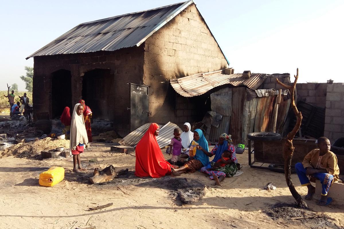 Mercy Corps skort werk in die noordooste van Nigerië nadat die leër kantore gesluit het