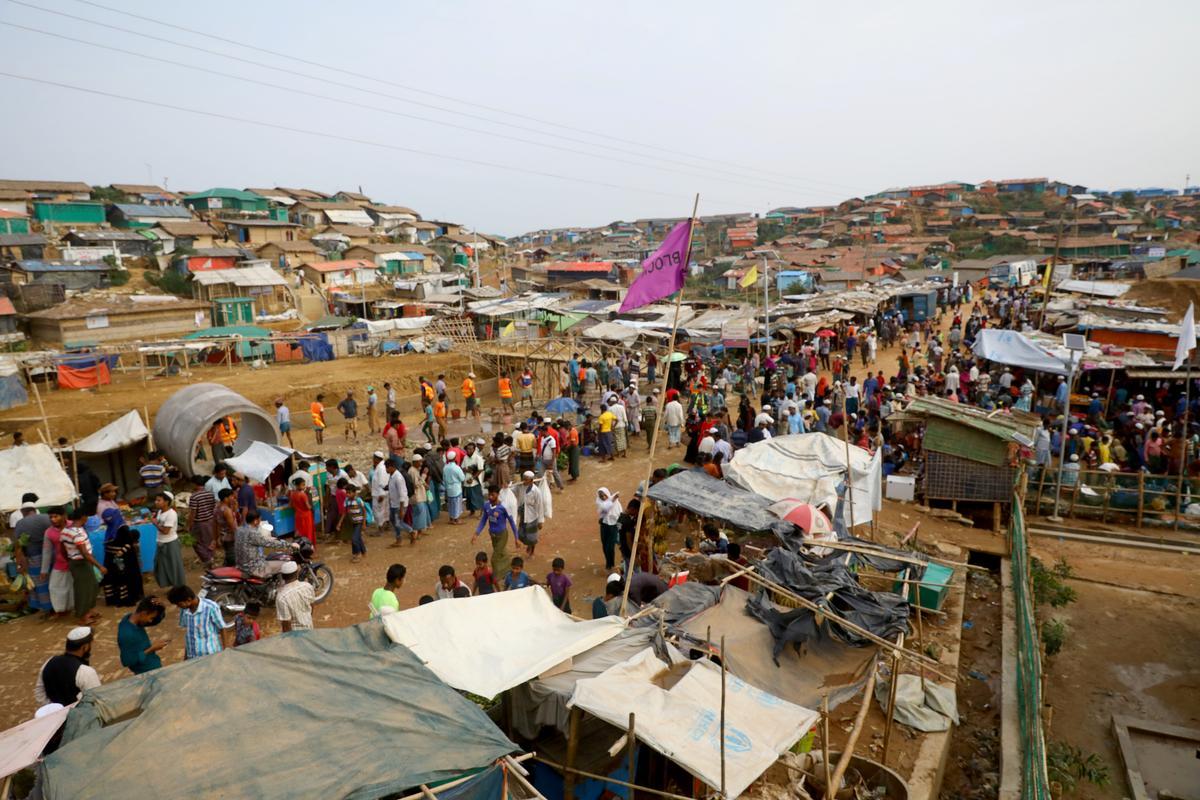 Twee Rohingya is dood in 'n geweergeveg met die grenswagte in Bangladesh