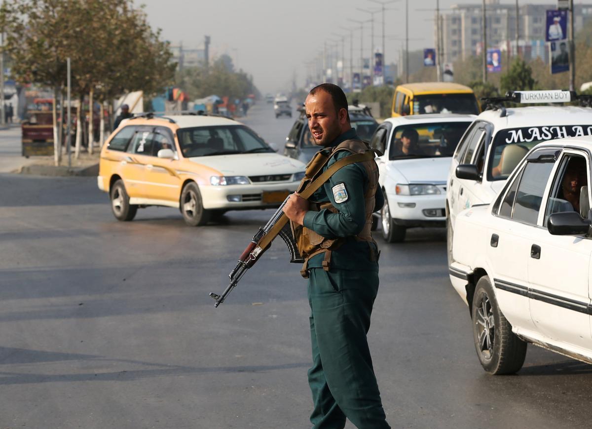 Taliban is bekommerd oor die wag terwyl Afghanistan voorberei om vir 'n president te stem