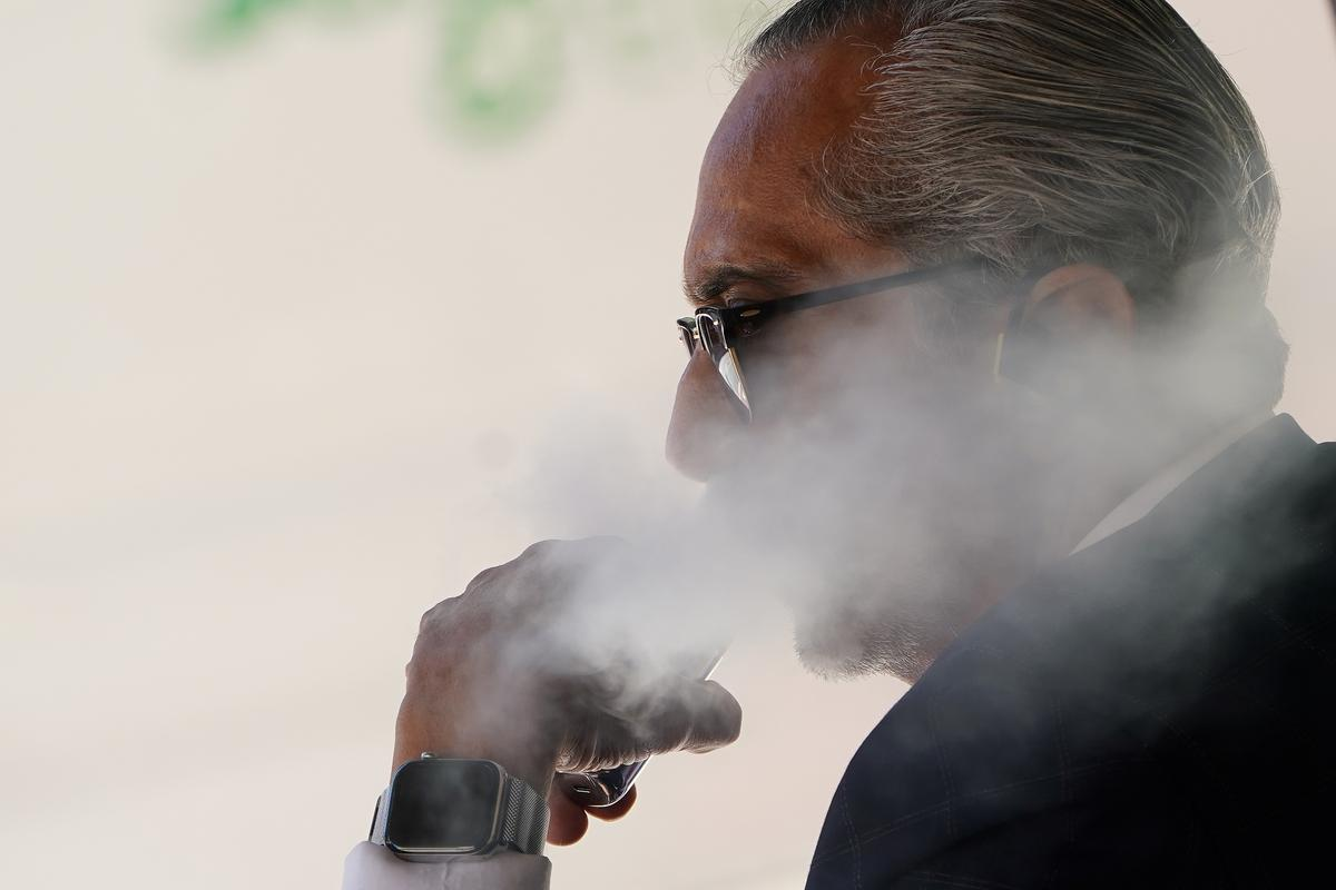 post-image-U.S. CDC recommends against using vapes with marijuana ingredient