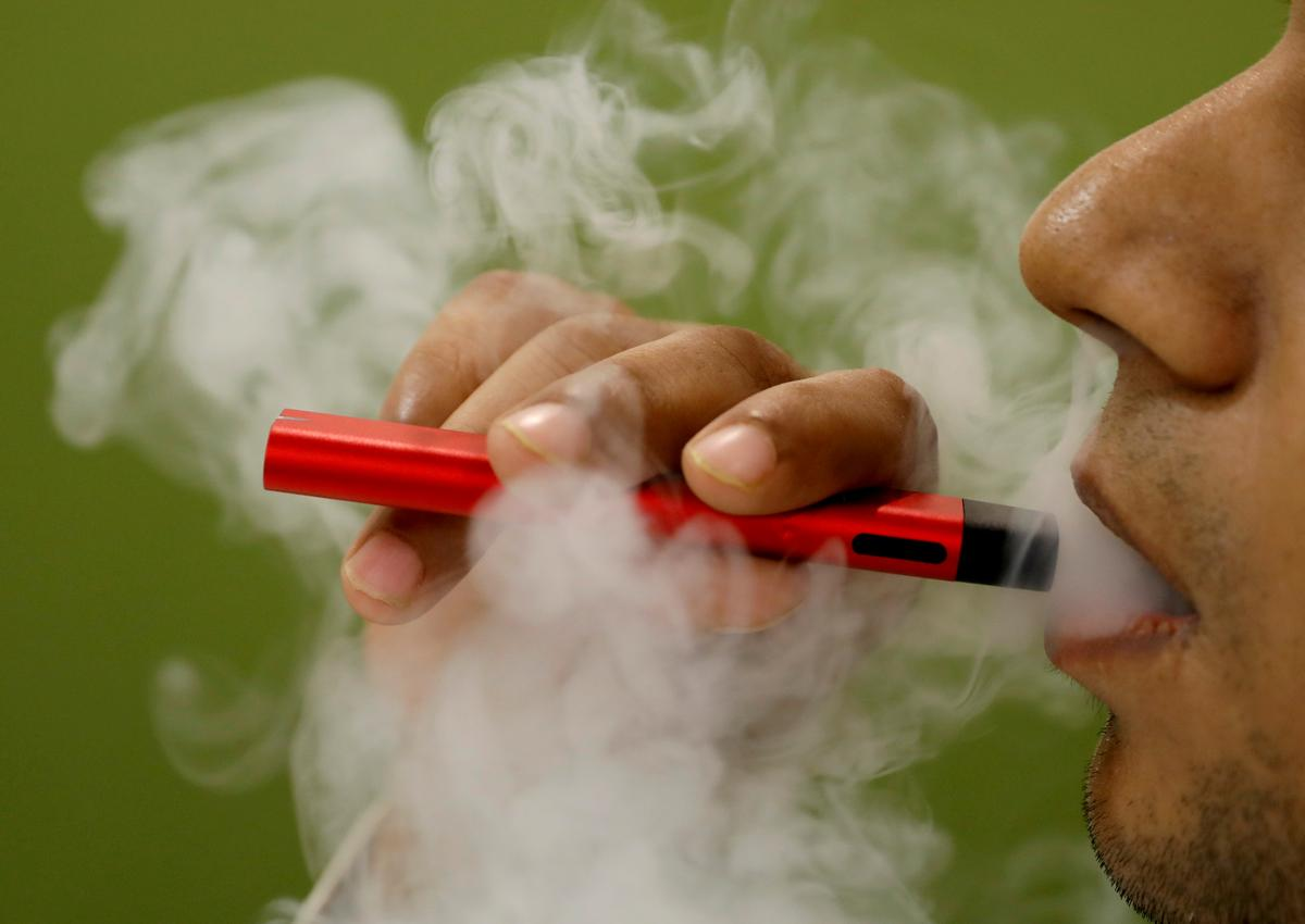 Washington governor urges state health board to ban some vaping...