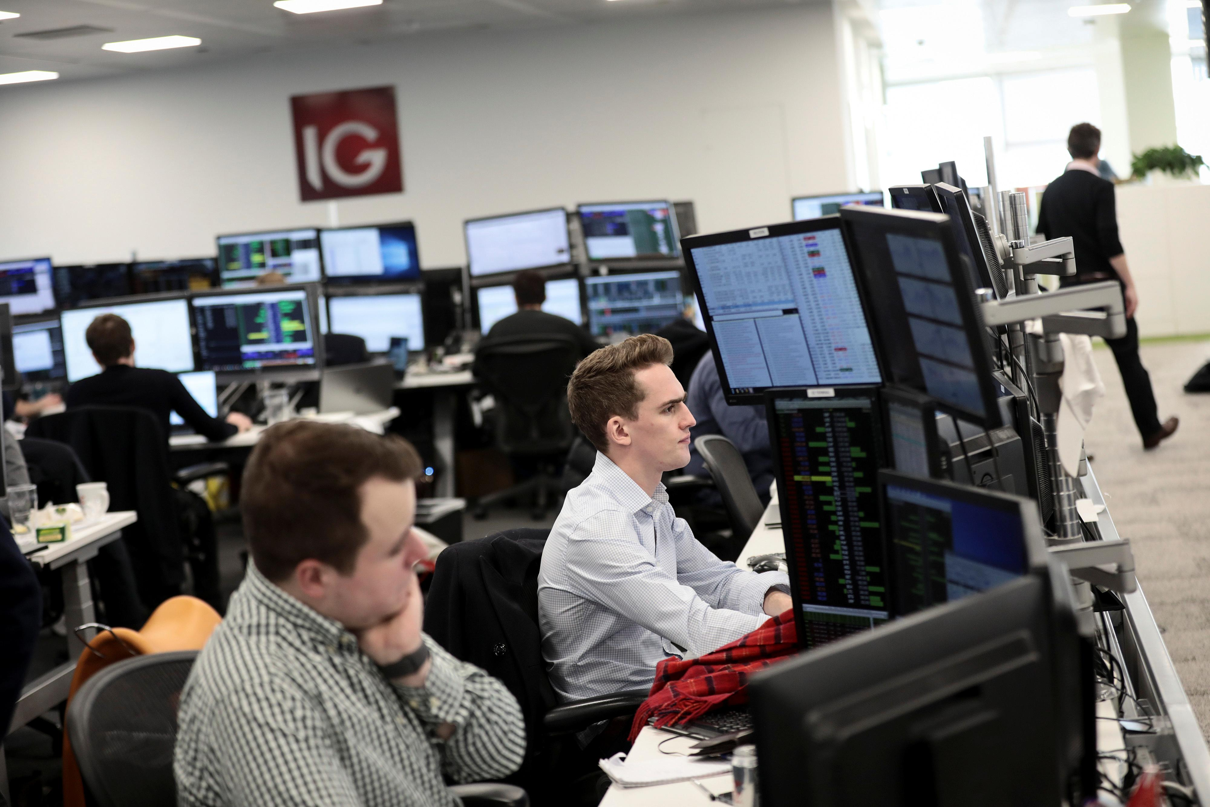 FTSE 100 lower as demand worries weigh on oil majors