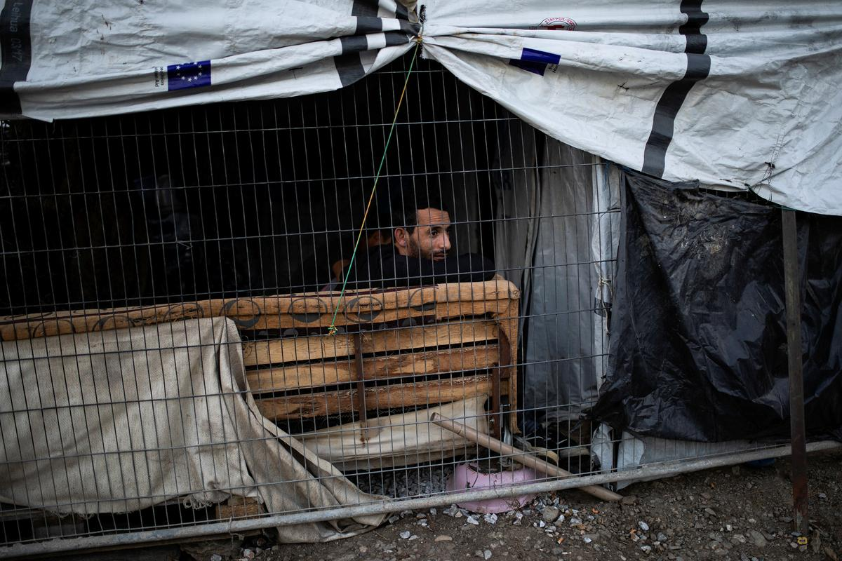 After deadly fire, Greece plans to step up migrant deportation