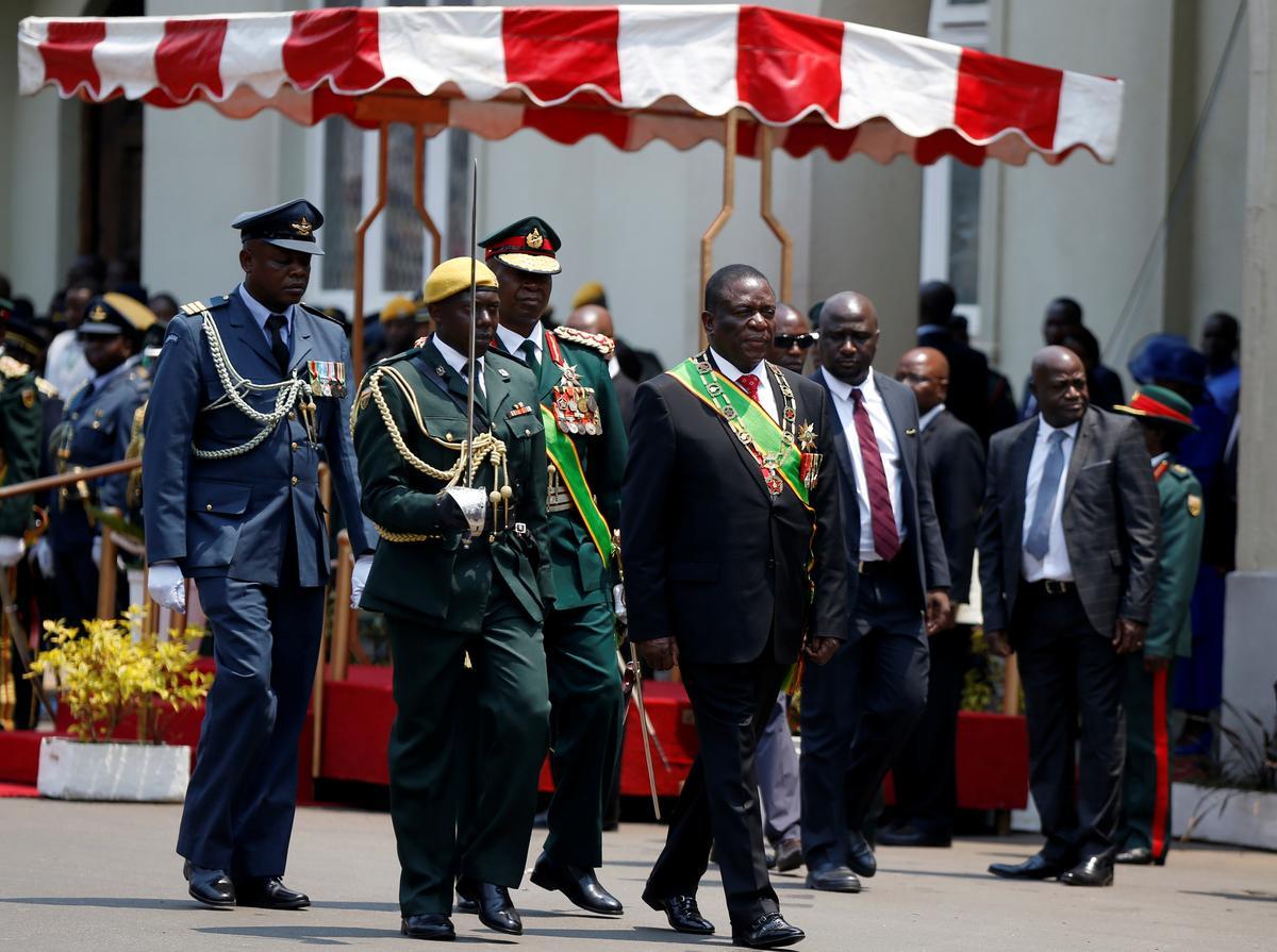 Zimbabwe se president pleit vir geduld om die ekonomie terug te keer uit 'dood'