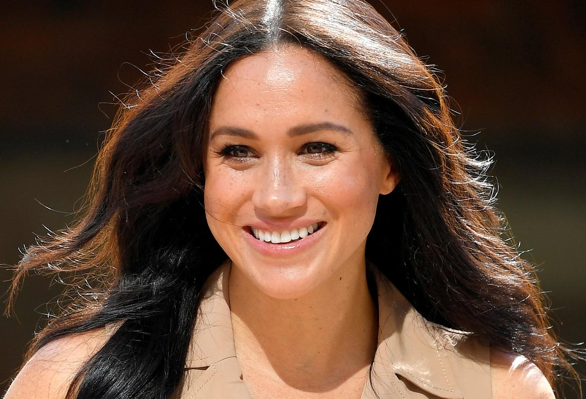 Meghan Markle sues UK newspaper; Prince Harry attacks tabloid press