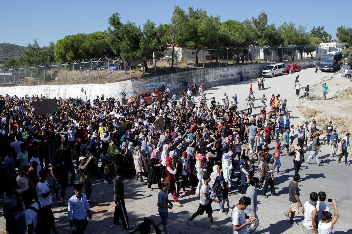 Die Griekse vlugtelinge in Griekeland onttrek toestande, 'beter as hierdie dood'