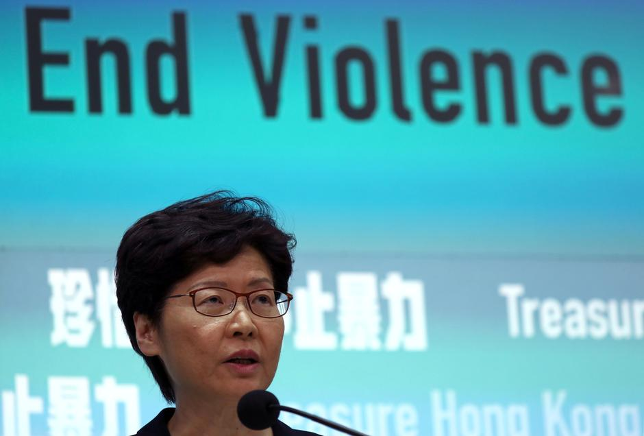 Hasil gambar untuk Hong Kong Chief Executive Carrie Lam attends a news conference to discuss sweeping emergency laws at government office in Hong Kong, China October 4, 2019. REUTERS/Athit Perawongmetha