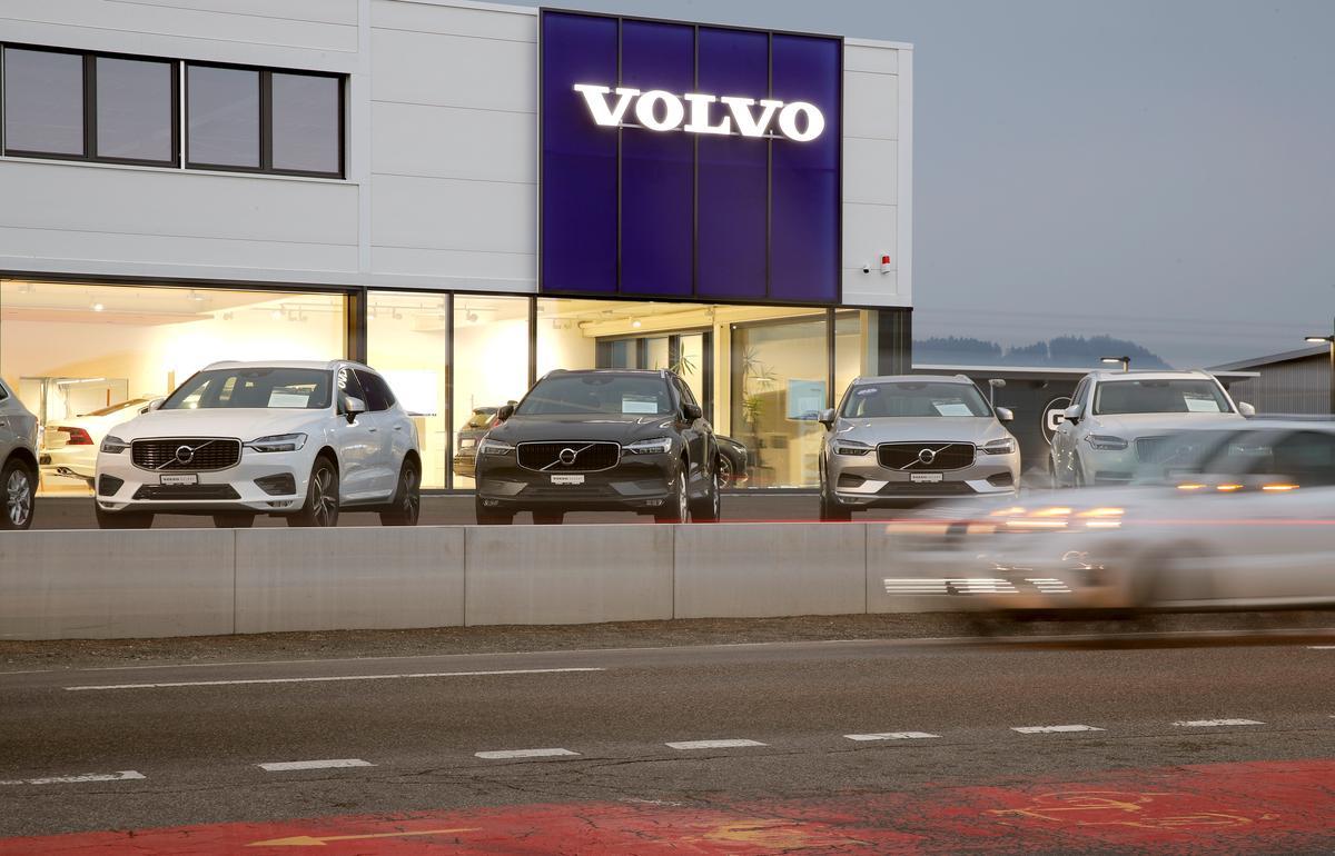Volvo, Geely om verbrandingsmotorbedrywighede saam te smelt