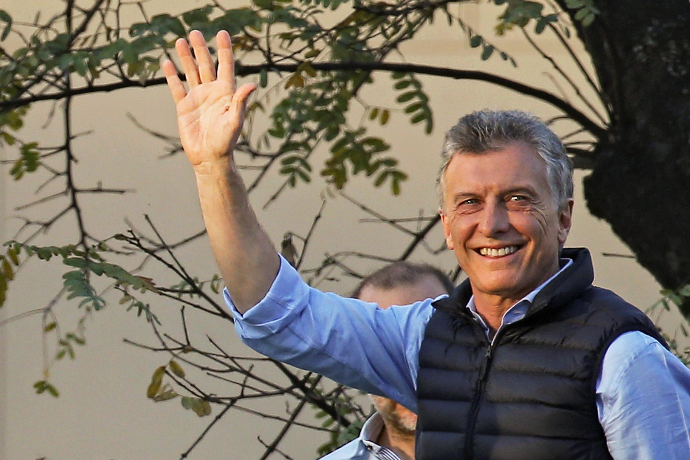 Macri seeks boost from young voters with employer tax cut incentive