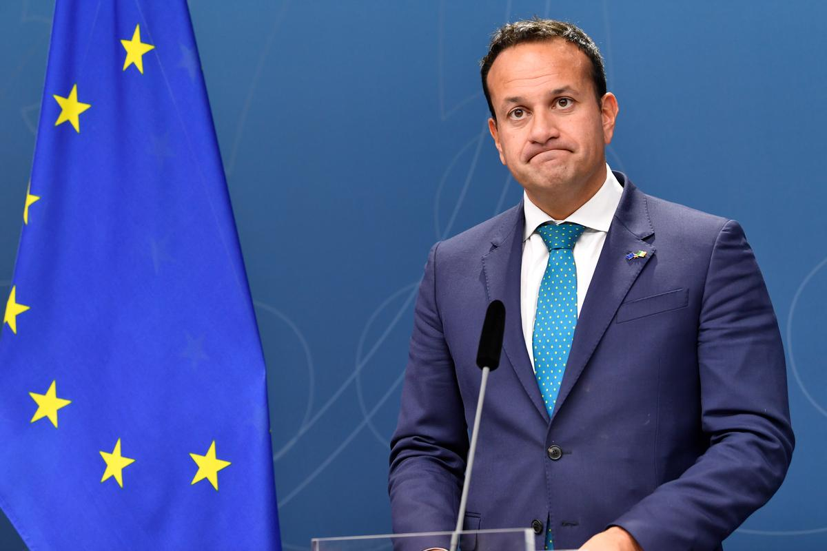Irish PM says very difficult to secure Brexit deal by next week