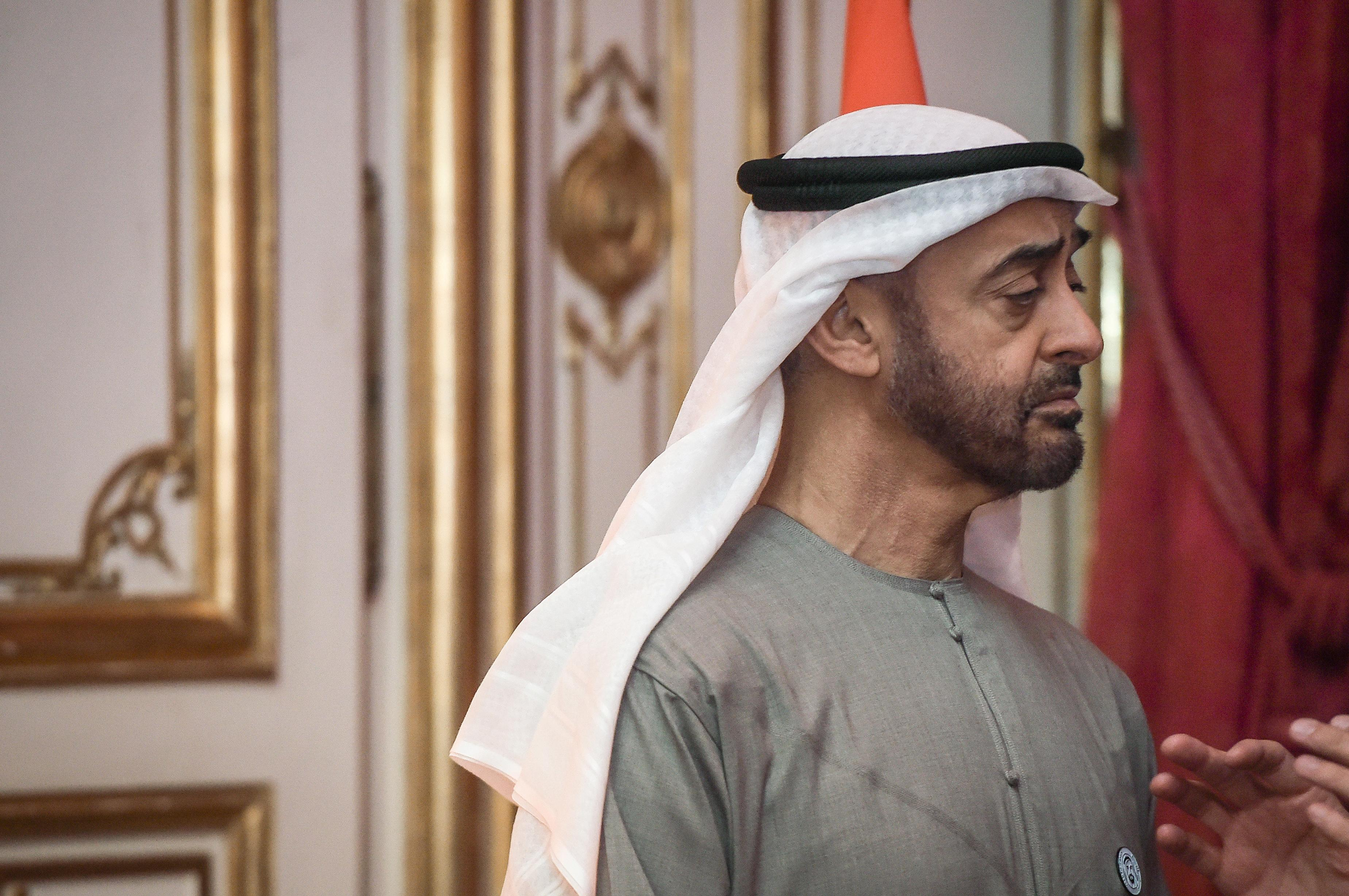 Abu Dhabi crown prince discusses defence with UK official - Twitter