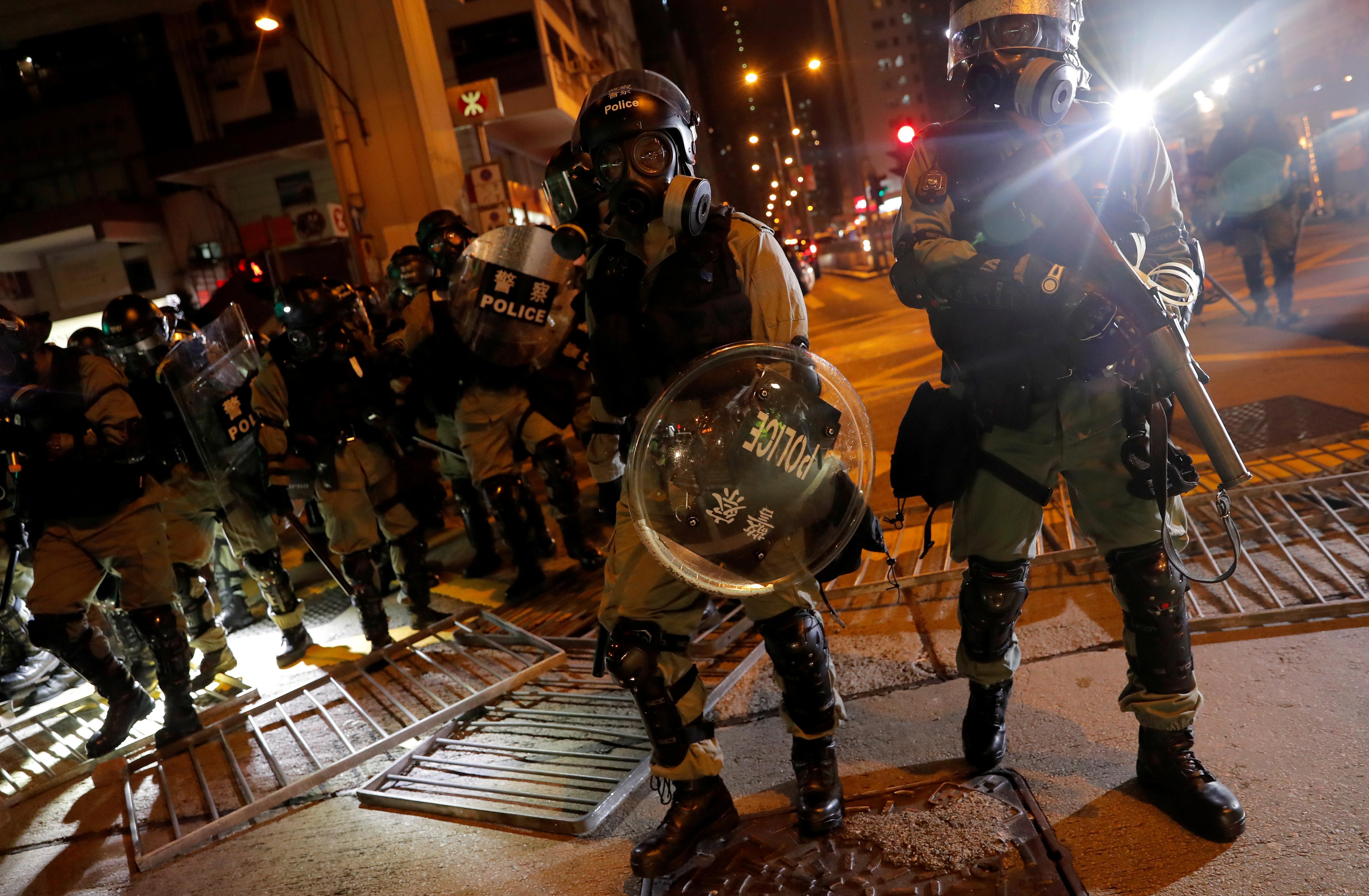 Après avoir consulté les autorités, Apple retire l'application de suivi de la police utilisée lors des manifestations à Hong Kong