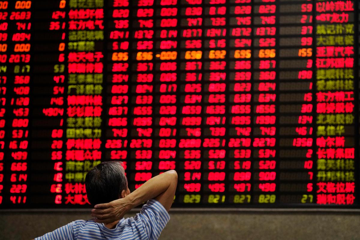 Asian shares firm as 'very good' trade talks boost risk appetite