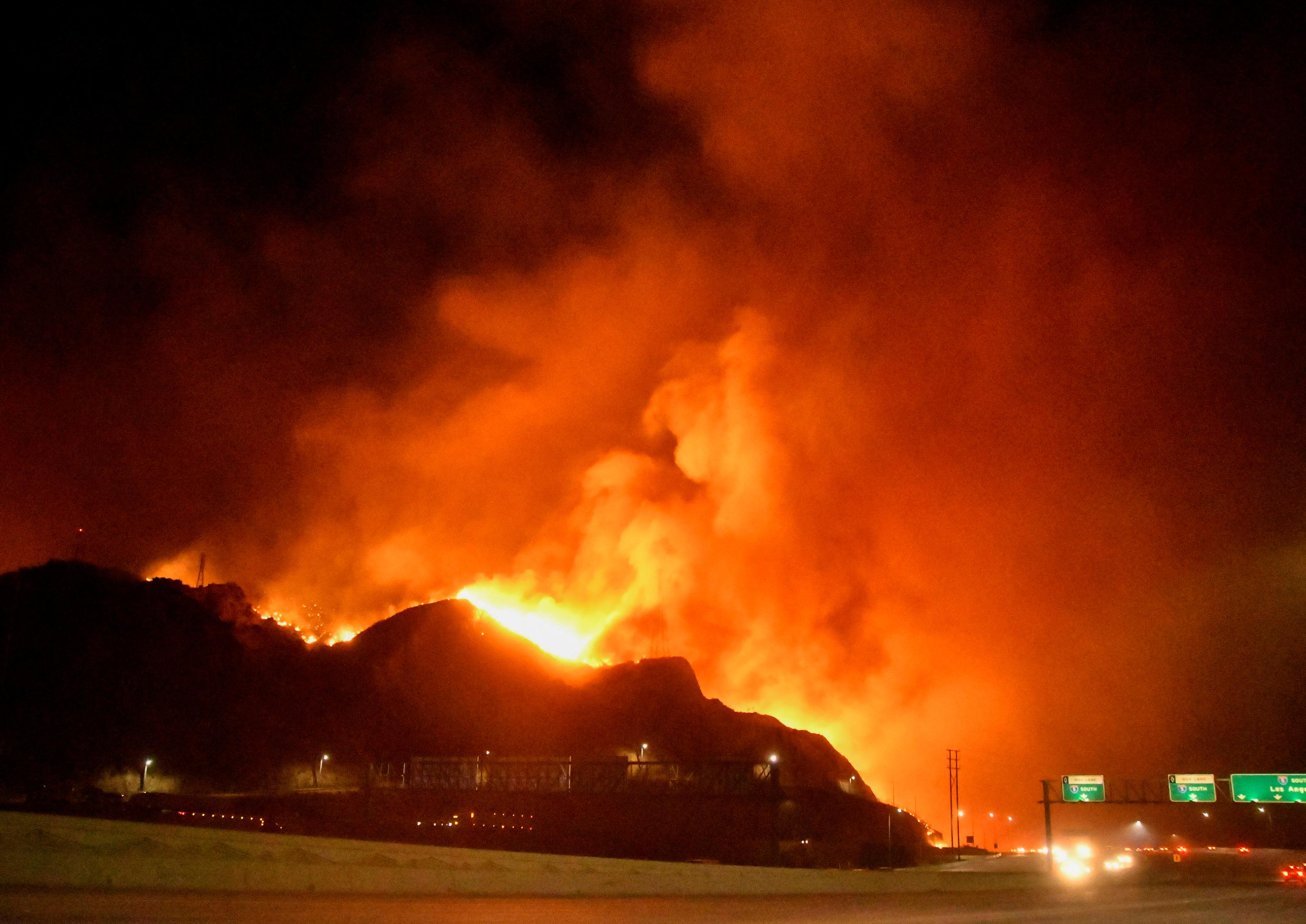 firefighters make gains against los angeles wildfire