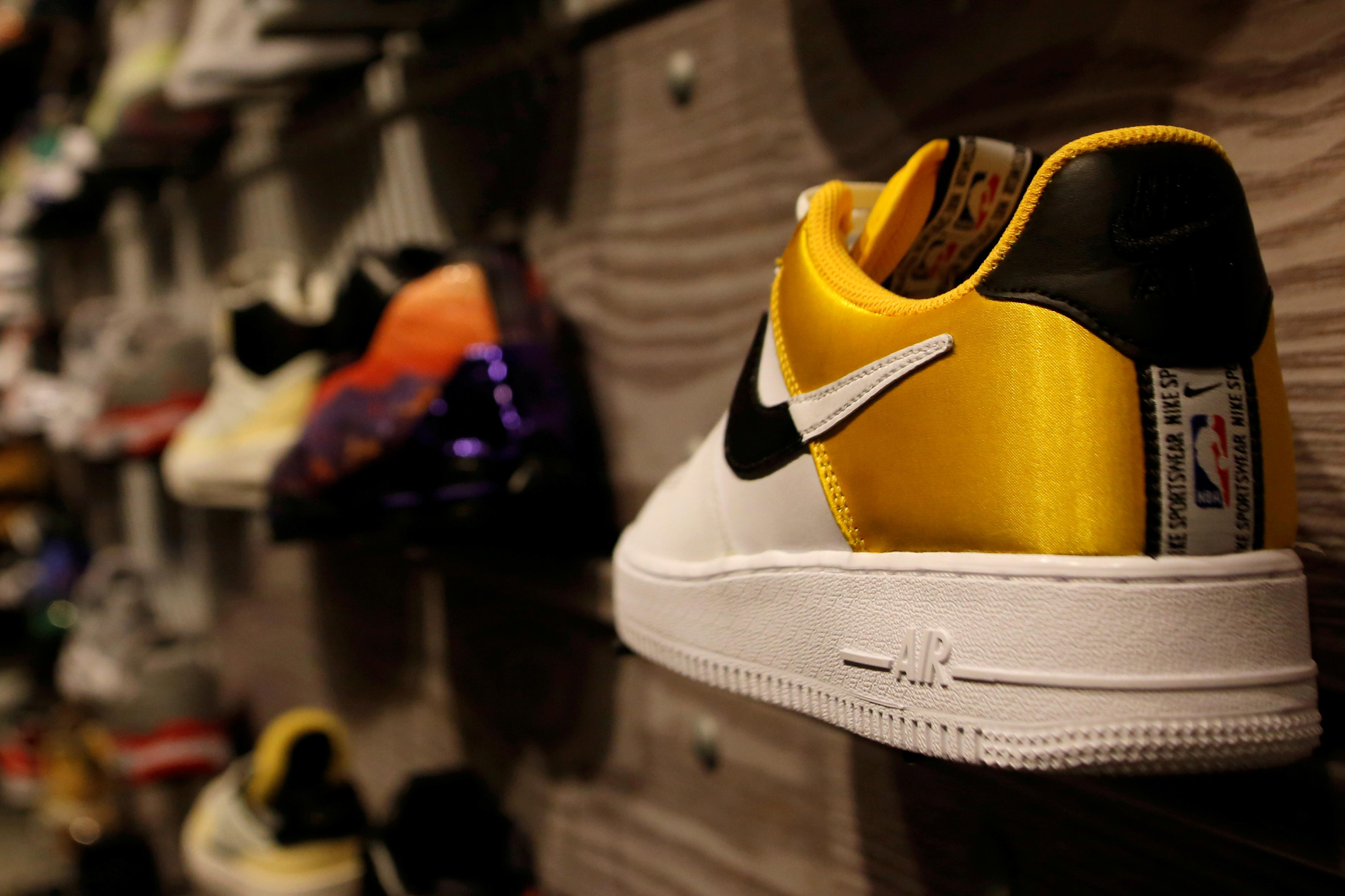 Technical foul: Chinese traders in online sneaker market punish NBA...