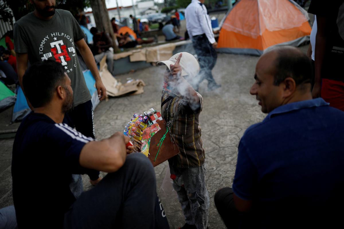Mexico flies 300 Indian migrants to New Delhi in 'unprecedented'...