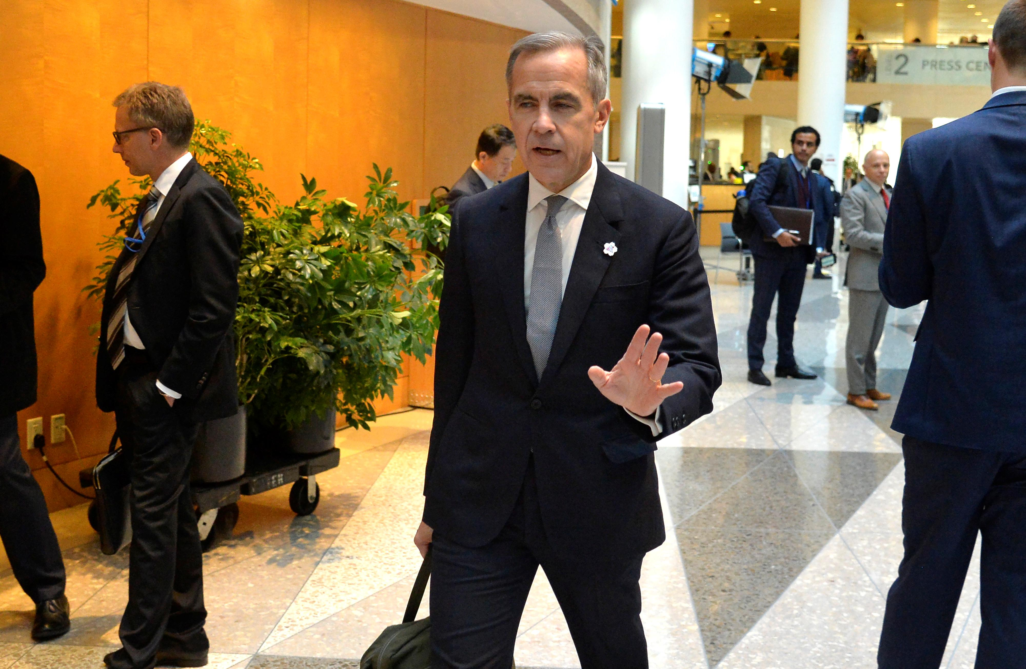 Brexit deal 'good news' but global growth key for BoE rates too -...