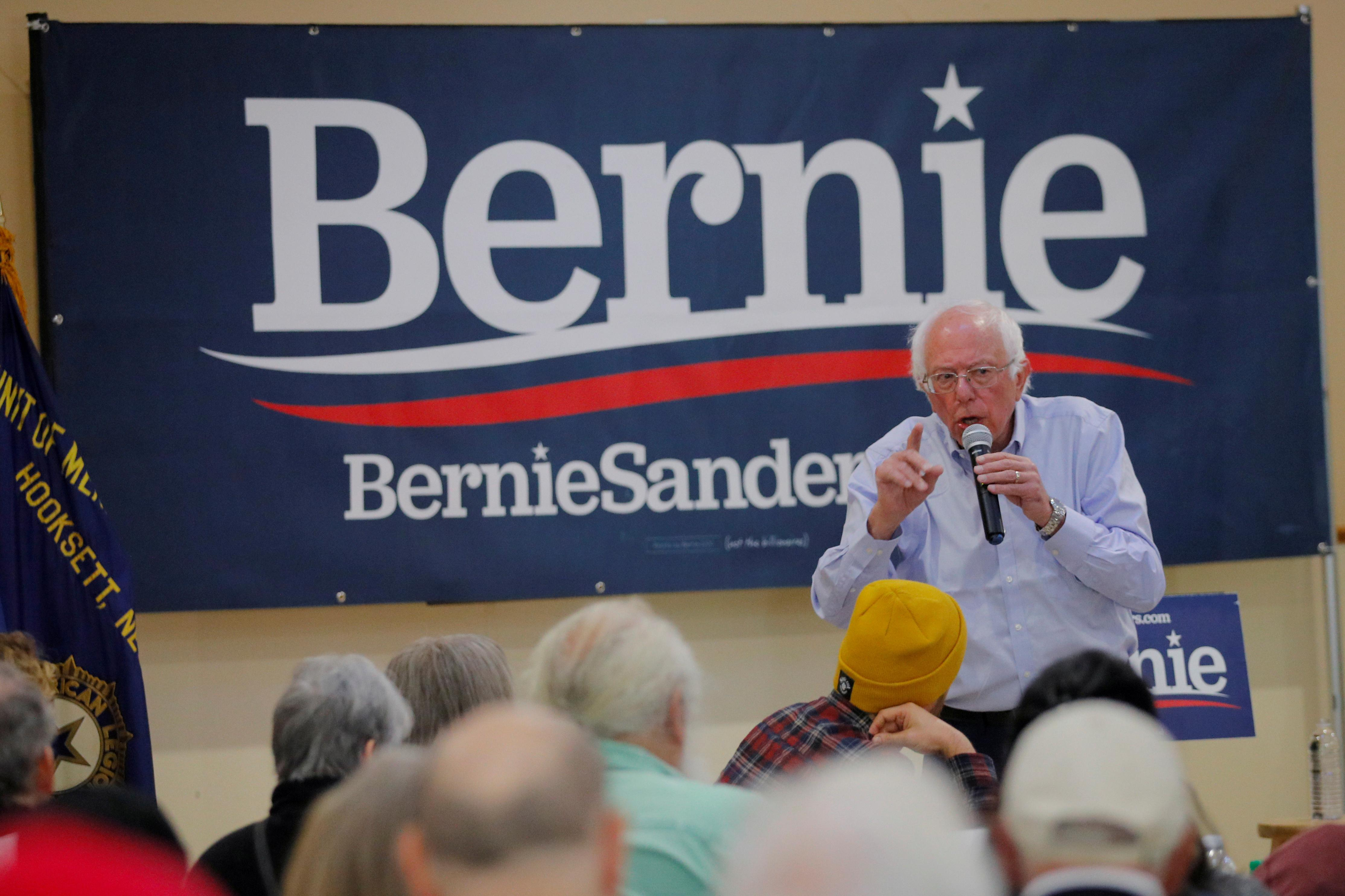 Bernie Sanders draws thousands to rally in New York in comeback...
