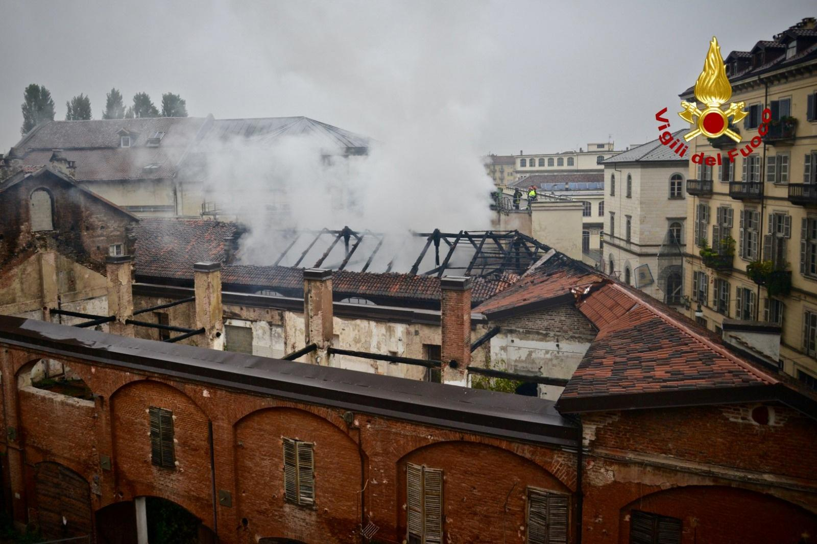 Fire rips through Turin's Cavallerizza Reale royal stables