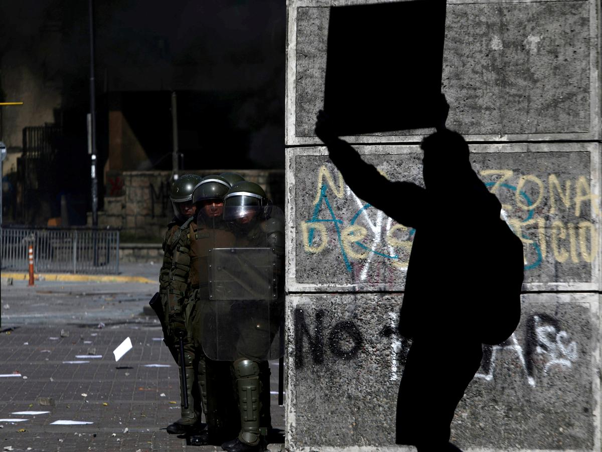 Chile braces for more protests, strikes as Pinera's pleas fall on deaf ears
