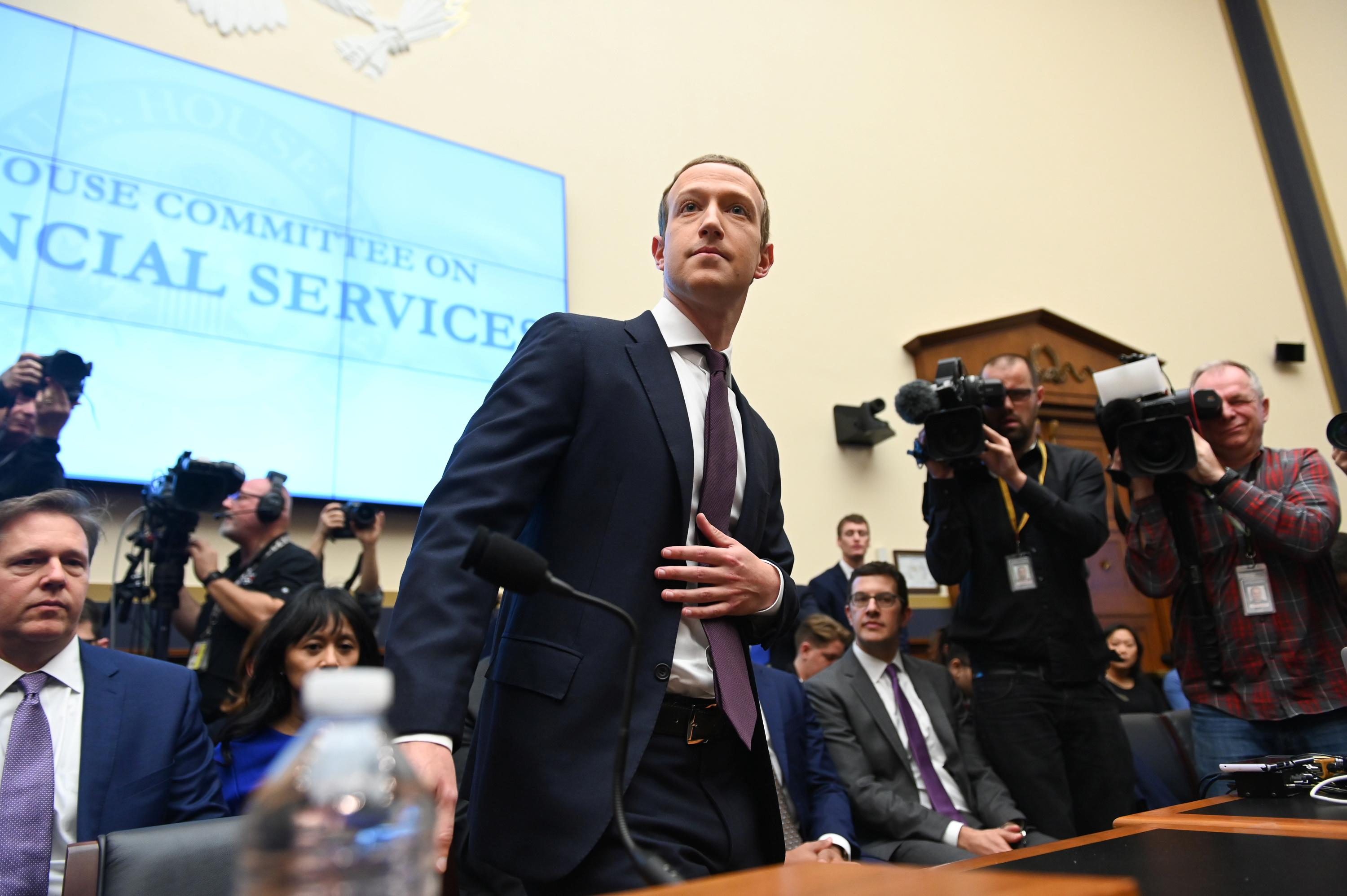 Zuckerberg reassures U.S. Congress on Facebook's digital currency plans
