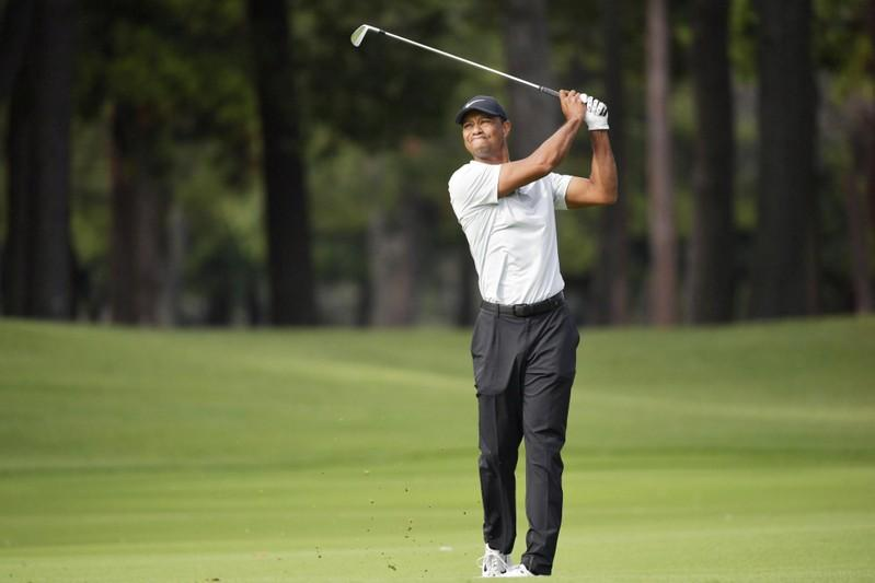 Woods three shots clear of Matsuyama as Snead mark beckons