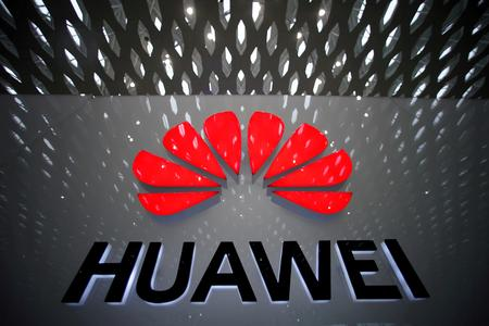 UPDATE 1-Huawei tightens grip on China smartphones with record 42% share in Q3-Canalys