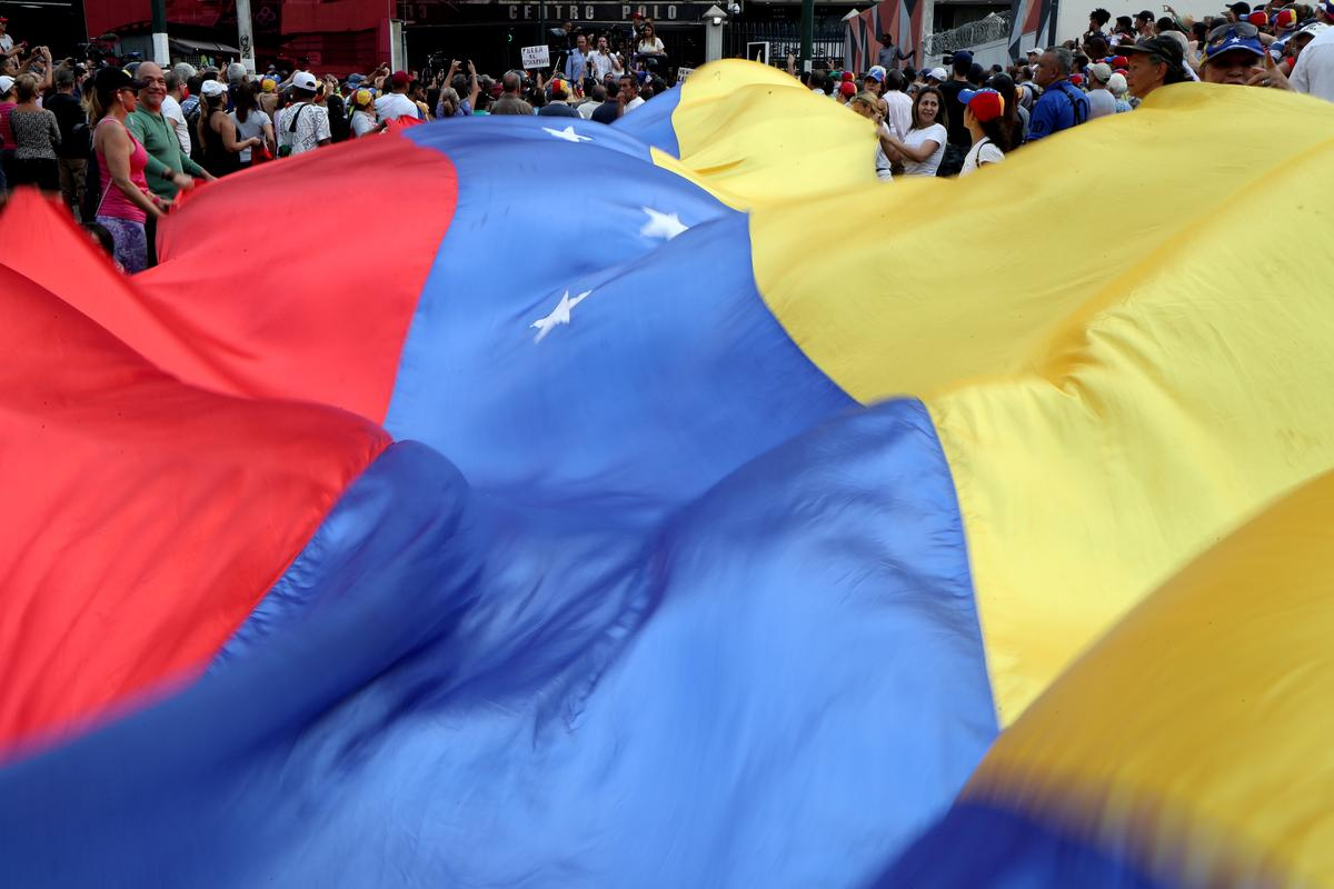 Venezuela and El Salvador expel each others' diplomats