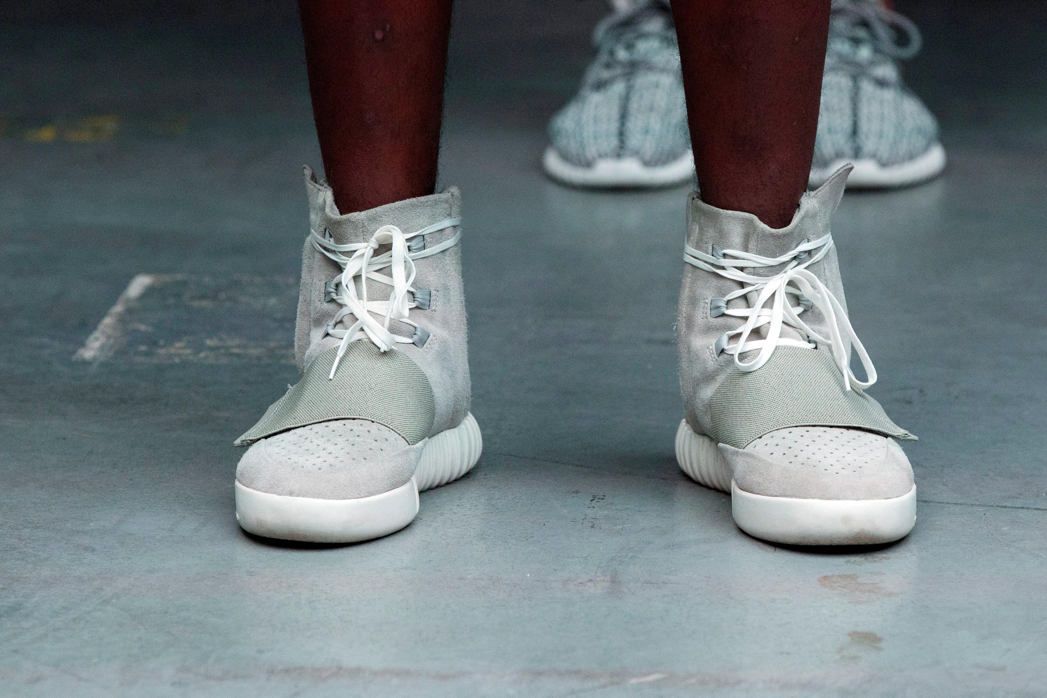 adidas schoenen kanye west