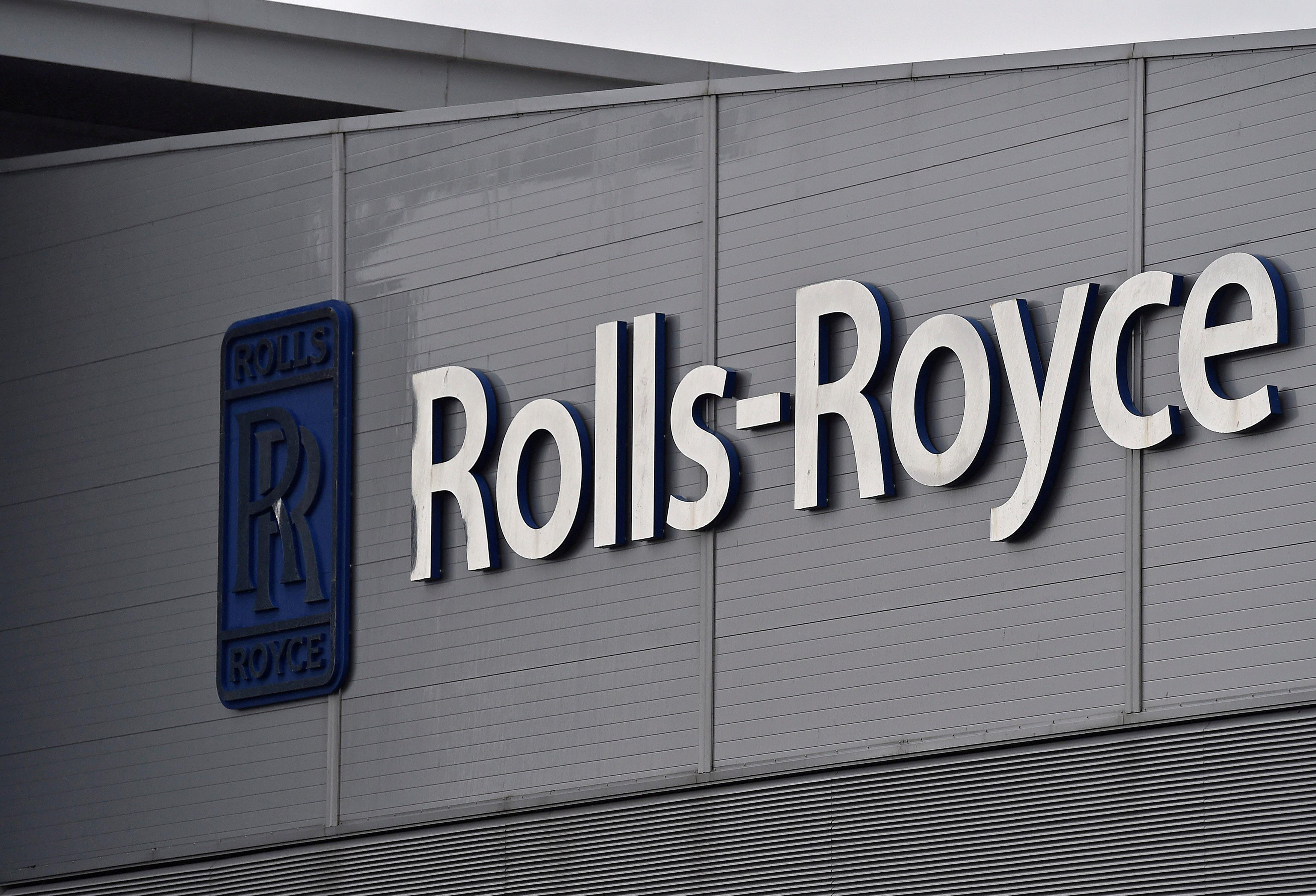 Rolls-Royce takes another $1 billion hit to fix problem engine