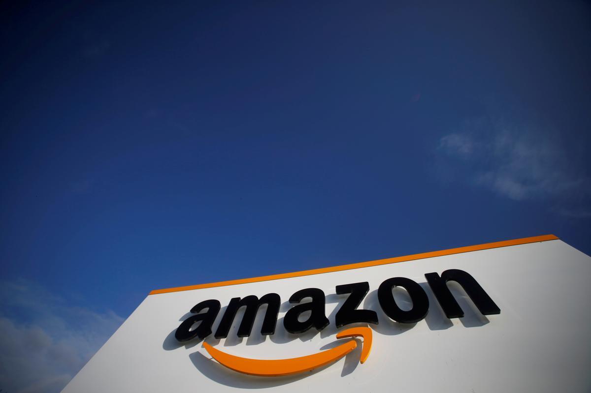Amazon lengthy-time govt Steve Kessel to step down thumbnail