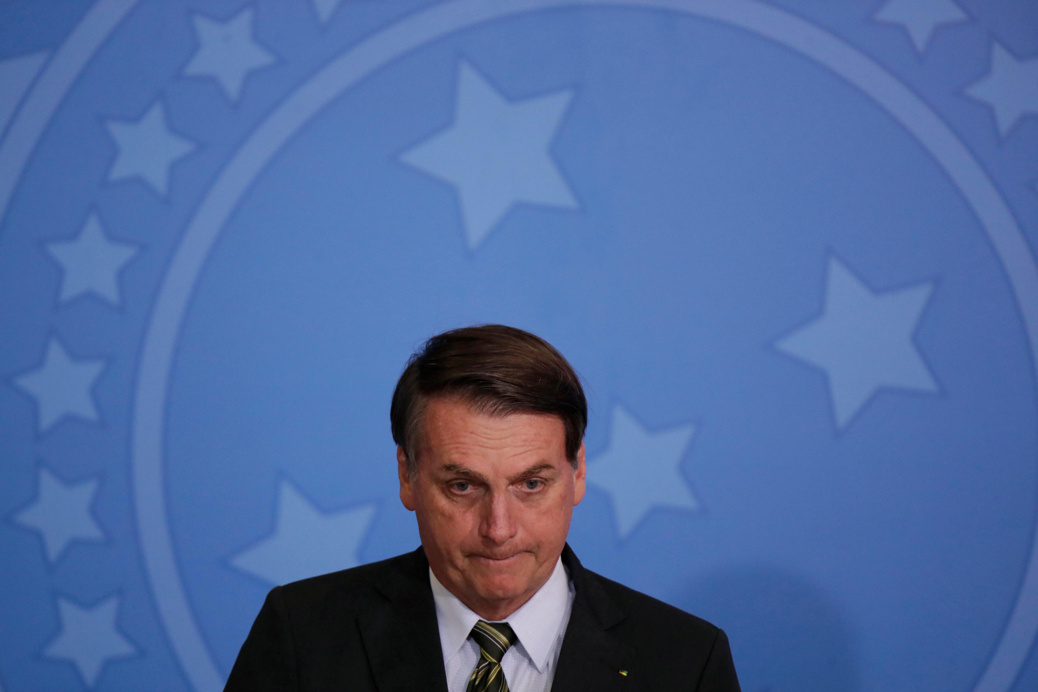 Brazil's Bolsonaro to quit divided PSL party, start new one