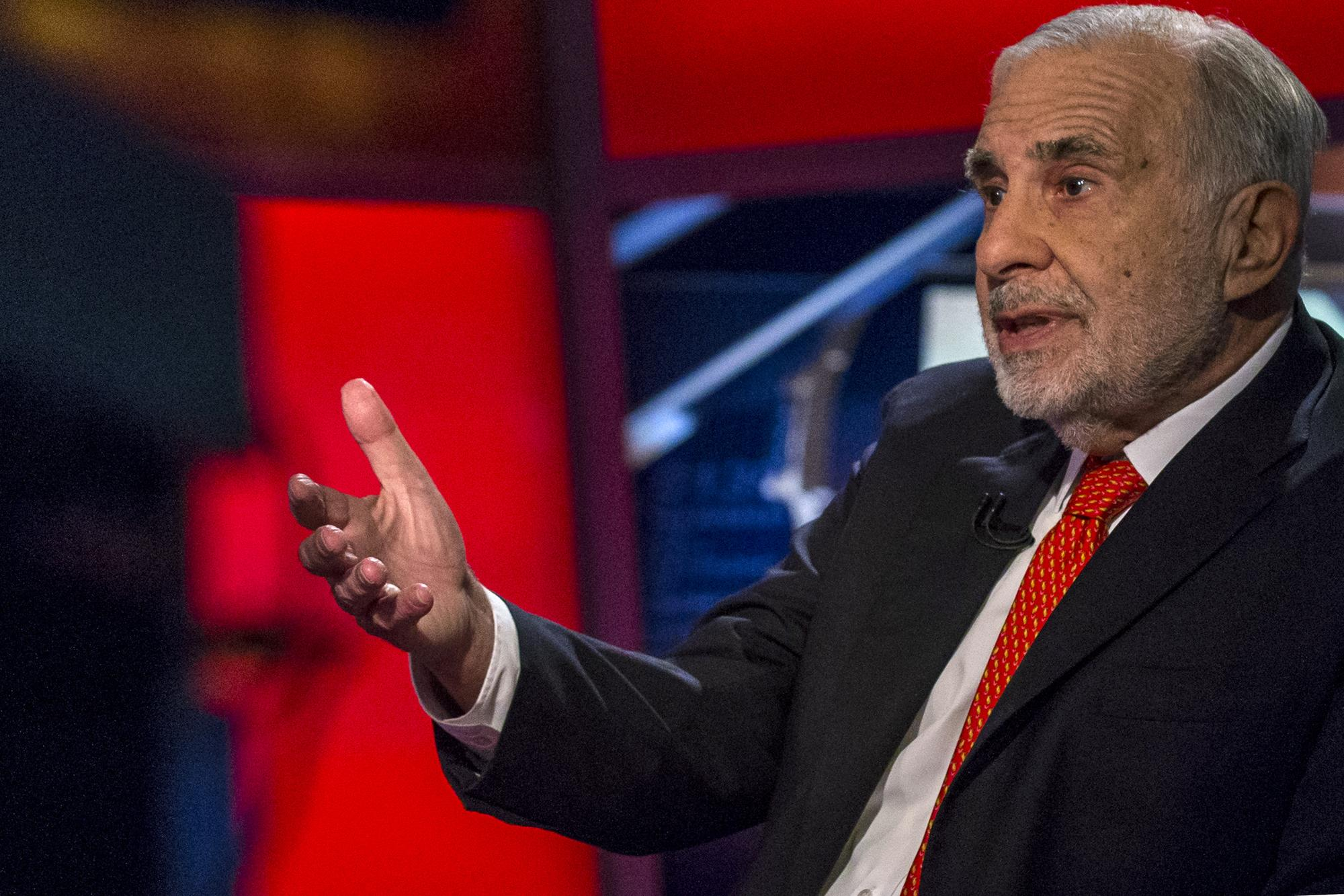 Icahn takes stake in HP, pushes for merger with Xerox: WSJ