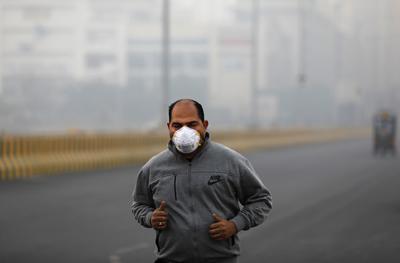 India's capital breathes toxic air