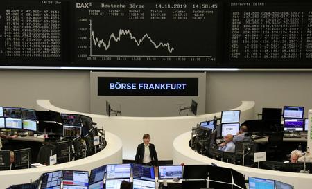 UPDATE 1-European shares set for sixth week of gains on bullish trade talk