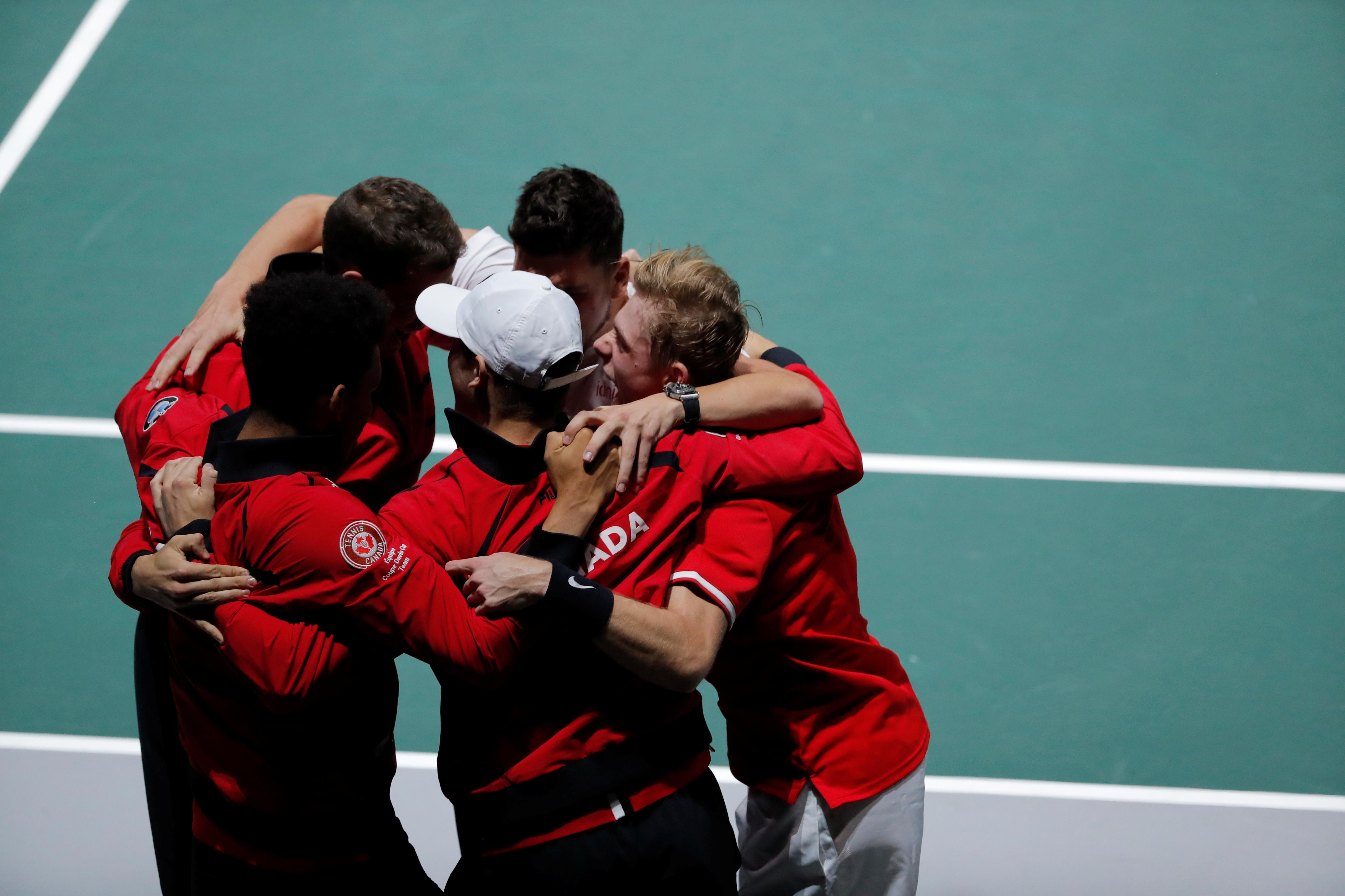 Canada finally beat U.S. to reach Davis Cup last eight