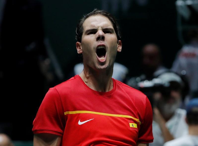 Nadal suscite un retour espagnol, le Canada en huitièmes de finale