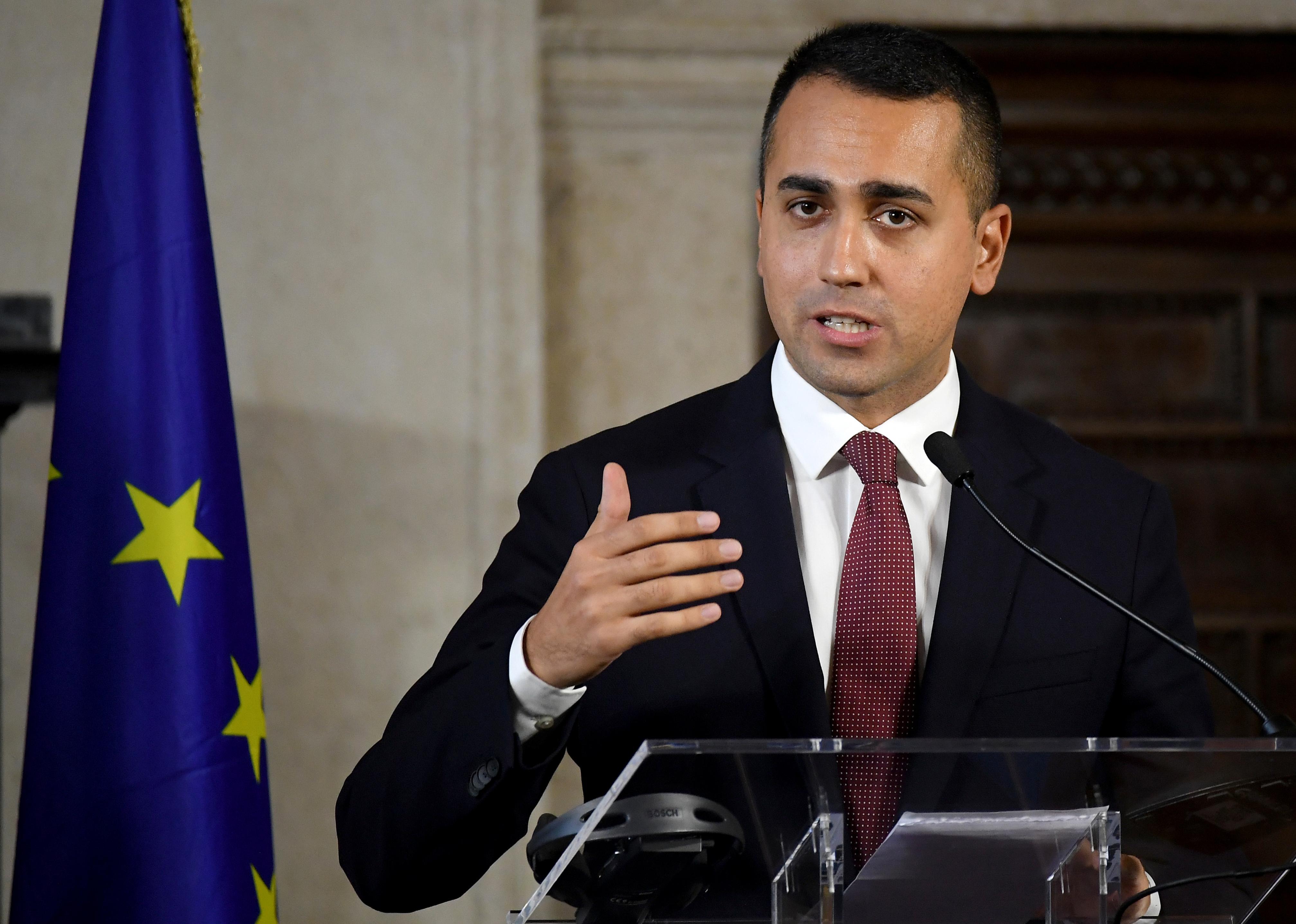 Italy says it wants to improve ESM reform, not veto it