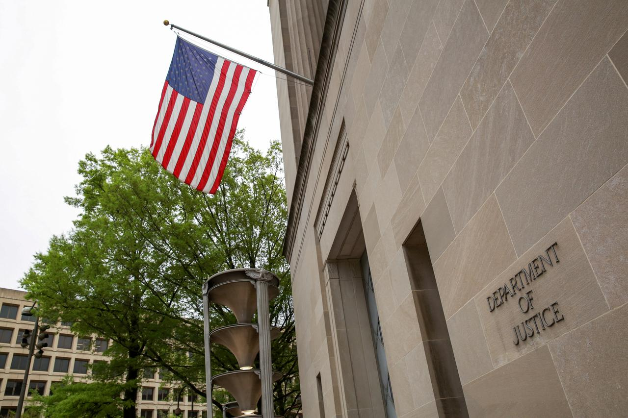 Hasil gambar untuk U.S. charges Chinese national with stealing trade secrets: Justice Department