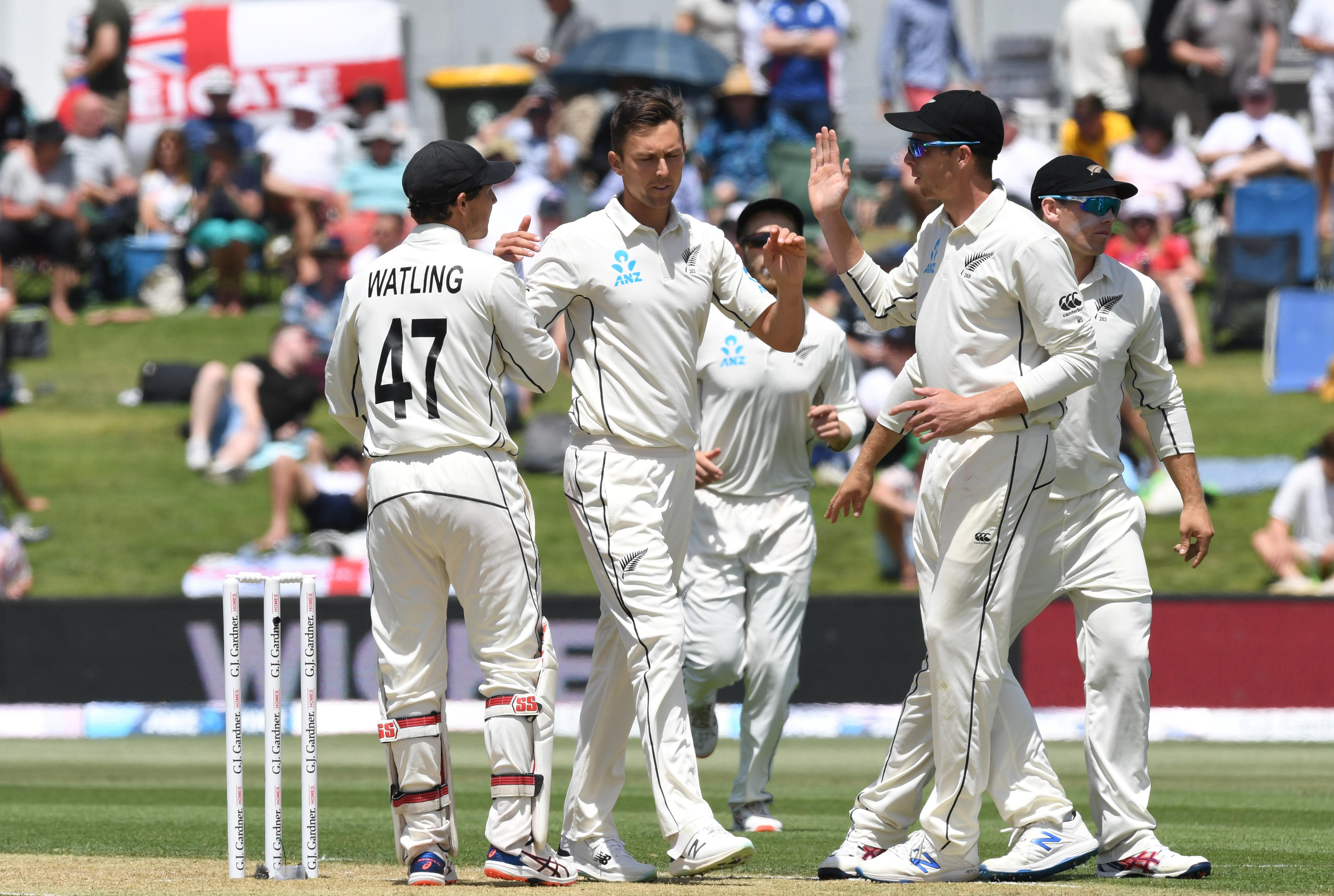 Southee drags New Zealand back into first England test with quick...