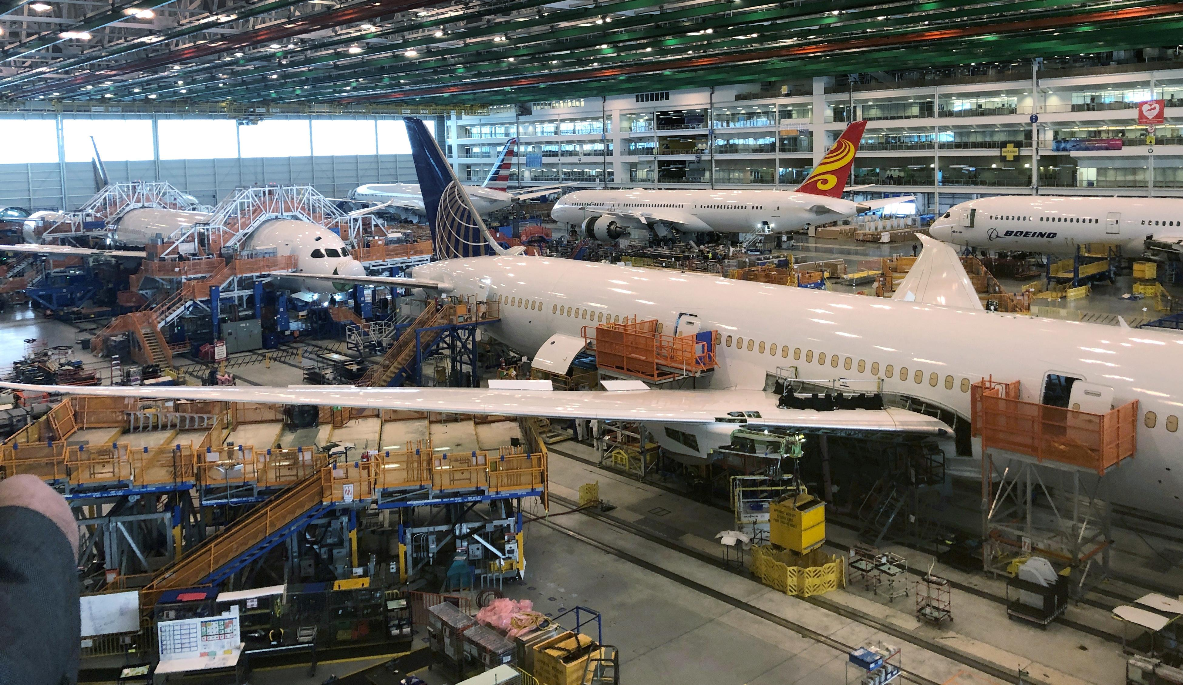 Emirates' Clark says Rolls-Royce needs to sort itself out after...